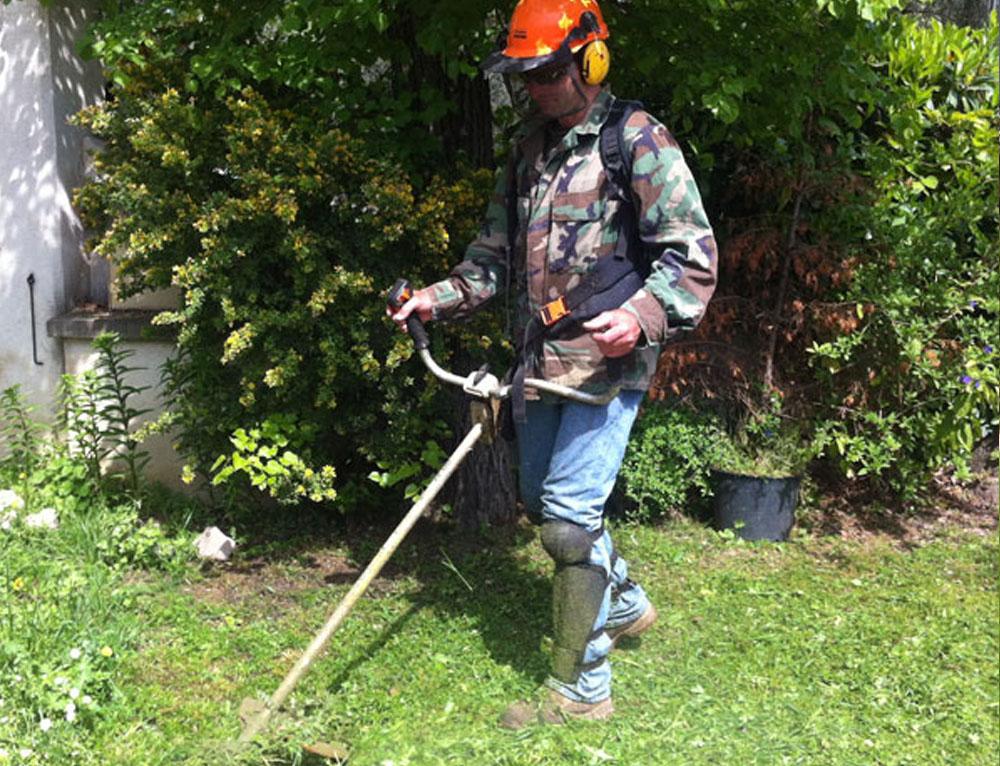 L 39 aide jardinier for Entretien jardin orgeval